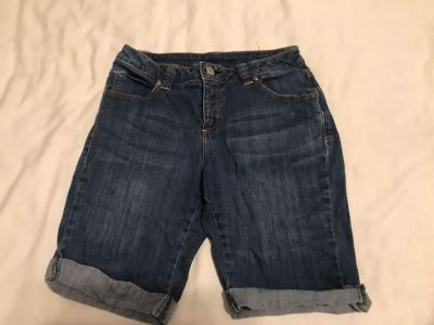 Faded Glory Stretchy Shorts. Size 6. Cotton/Spandex Photo of Back Attached. EUC