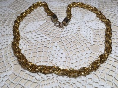 Vintage Gold Necklace Wide Chain Nice Clasp Lightweight Looks New