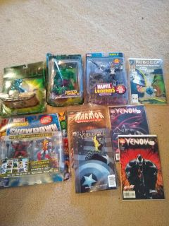 Marvel new action figures and comic books
