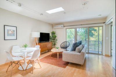 $7020 2 apartment in Palo Alto