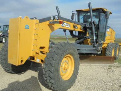 2013 John Deere Construction 670G