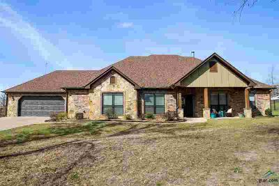 190 Faith Ln Diana Three BR, Don't miss out on this home with