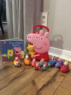 Peppa Pig lot - Family, carrying case, racers and book