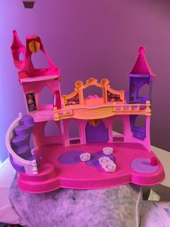 Talking and Singing Beauty and the Beast Little Ppl castle