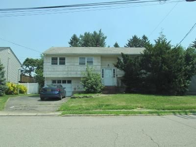 Preforeclosure Property in Fair Lawn, NJ 07410 - -23 Burke Pl