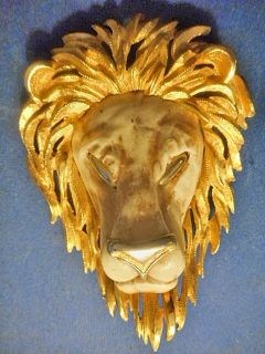 Lion Head Pendant Neckless gold plated colored by Razza