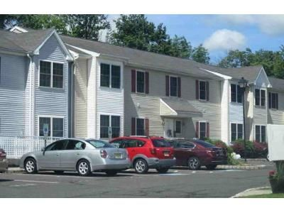 1 Bed 1 Bath Foreclosure Property in Lebanon, NJ 08833 - Clark Rd