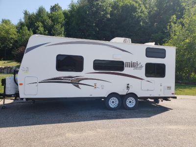 2015 Forest River ROCKWOOD MINI LITE 2306