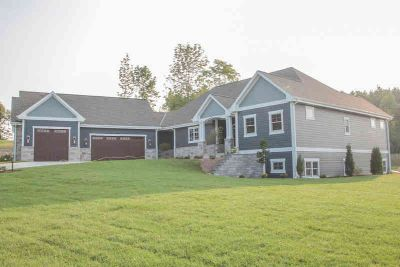 W238N7540 High Ridge DR Sussex Four BR, Introducing WI's first
