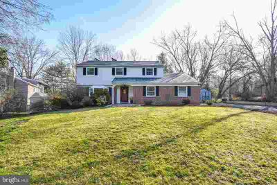 75 Sauerman Rd DOYLESTOWN Four BR, Priced to sell!