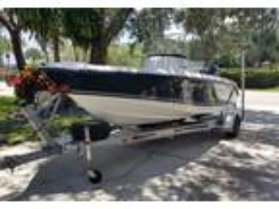 2006 Century 1701-CC Power Boat in Naples, FL