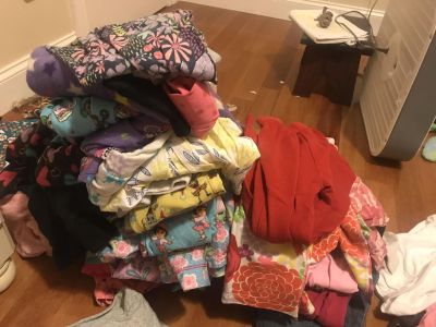 Huge lot of girls 3T and 4T clothes. Fall and winter