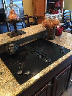 JennAir built-in electric cooktop/exhaust vent