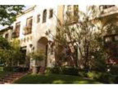 WEbster8 - beautiful Spanish style vacation rental - Apartment