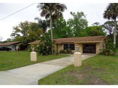 3 Bed 2 Bath Foreclosure Property in New Smyrna Beach, FL 32168 - Fairmont Ave