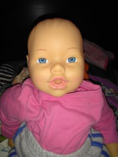 1998 cititoy baby doll pink cloth body sucks thumb and takes full bottle and pacifier