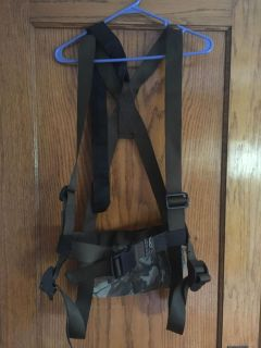Tree stand safety harness youth L or men s XS