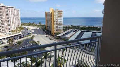 Magnificent ocean and intra coastal views from this high floor apartment .
