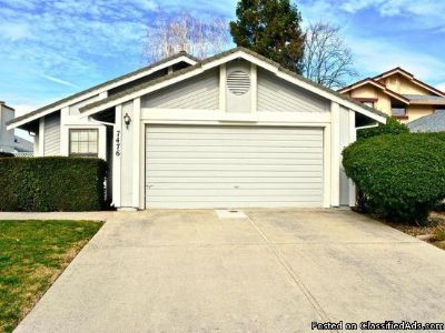 2 beds 2 baths for single family for rent in Sacramento, CA 95831