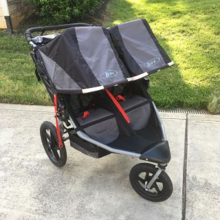 Bob double stroller - like new condition