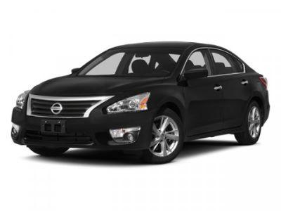 2014 Nissan Altima 2.5 (White)