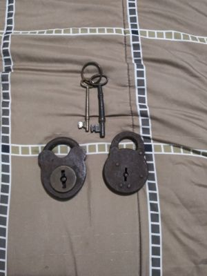 Antique padlocks & Skeleton keys