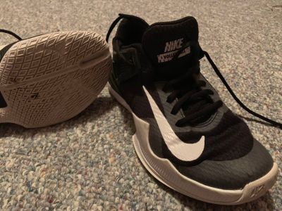 Nike Zoom volleyball shoes