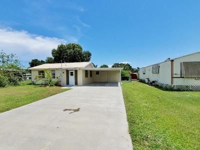 2 Bed 1 Bath Foreclosure Property in Okeechobee, FL 34974 - SE 27th St
