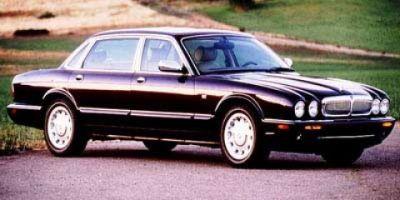 1998 Jaguar XJ-Series Vanden Plas (CARNIVAL RED RED)