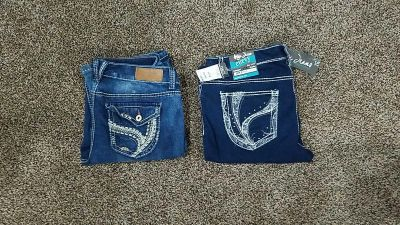 2 pairs of Rue 21 jeans