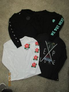 Set of 4 Young Men's Size Small Long Sleeve Surf Tshirts $10.00 for the set