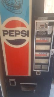 PEPSI VENDING MACHINE 1980'S