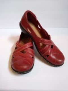 Clarks Collection Ashland Spin Q Red Wine Colored Women's Size 7M Leather