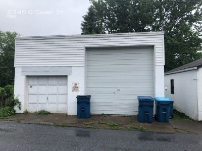 25' X 25' Garage For Rent