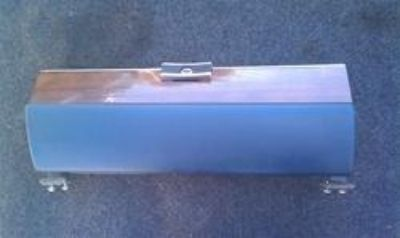 Sell Mercedes W116 Glove box lid door with wood trim 1166800189 motorcycle in Palm Coast, Florida, US, for US $64.59