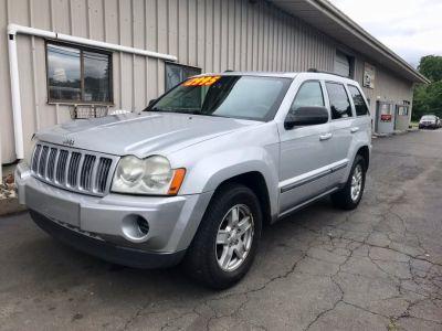2007 Jeep Grand Cherokee Laredo (Bright Silver Metallic)