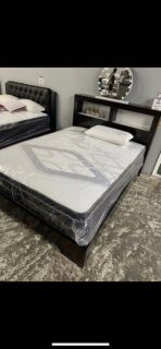 Elegant Queen Size Bed Frame