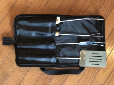 Brand new 3 pc grill set with carrying/ storage case