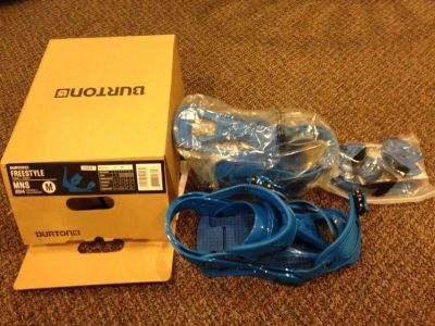 Burton Freestyle Colbalt Blue Snowboard Bindings Mens Medium 8-11 New in box