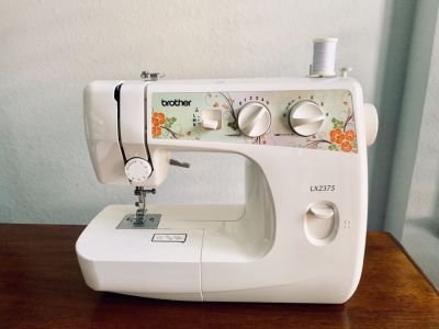Brother LX2375 sewing machine