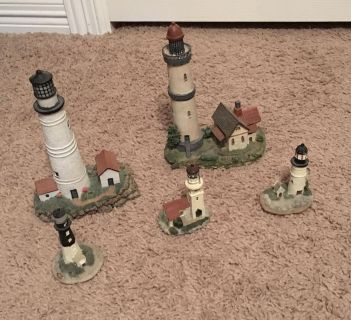 Lot of 5 lighthouse figurines
