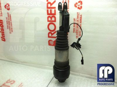 Sell 2004 W211 MERCEDES BENZ E500 E55 FRONT LEFT DRIVER FRONT AIR SHOCK STRUT OEM #1 motorcycle in Tampa, Florida, US, for US $391.60