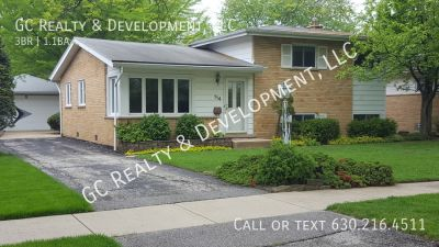 ***3BDR - 1.5BTH BRICK SPLIT-LEVEL - RECENTLY UPDATED -DETACHED GARAGE***