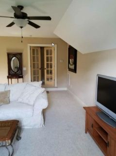 Duplex - Upstairs Unit #2  -  2 bedrooms in beautiful exurban setting