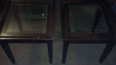 2 matching center glass top end tables