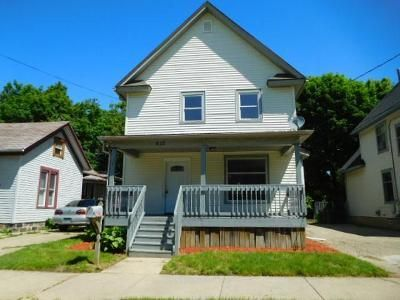 4 Bed 1 Bath Foreclosure Property in Lansing, MI 48933 - W Lapeer St