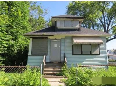3 Bed 1 Bath Foreclosure Property in Chicago, IL 60628 - W 117th St