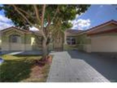 Single Family : , Miami, US RAH: A10231144