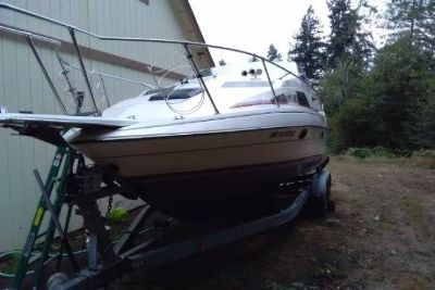 1990 Bayliner 261 Sunbridge