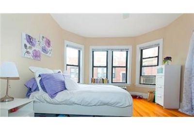 2 bedrooms Apartment - Large & Bright. Single Car Garage!